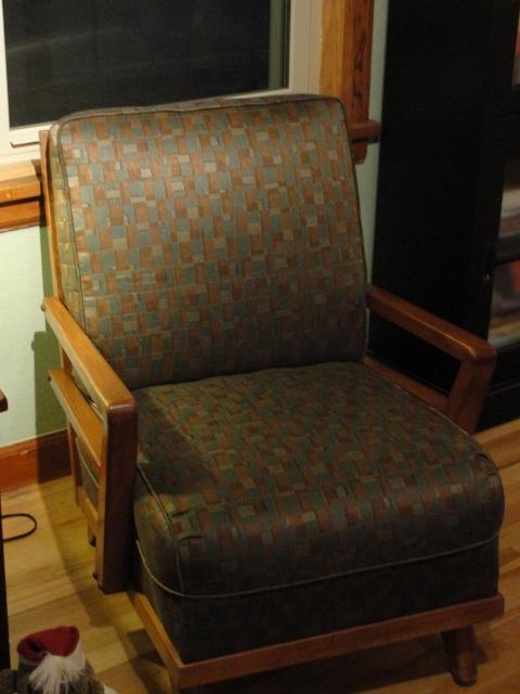 chair (480x640)